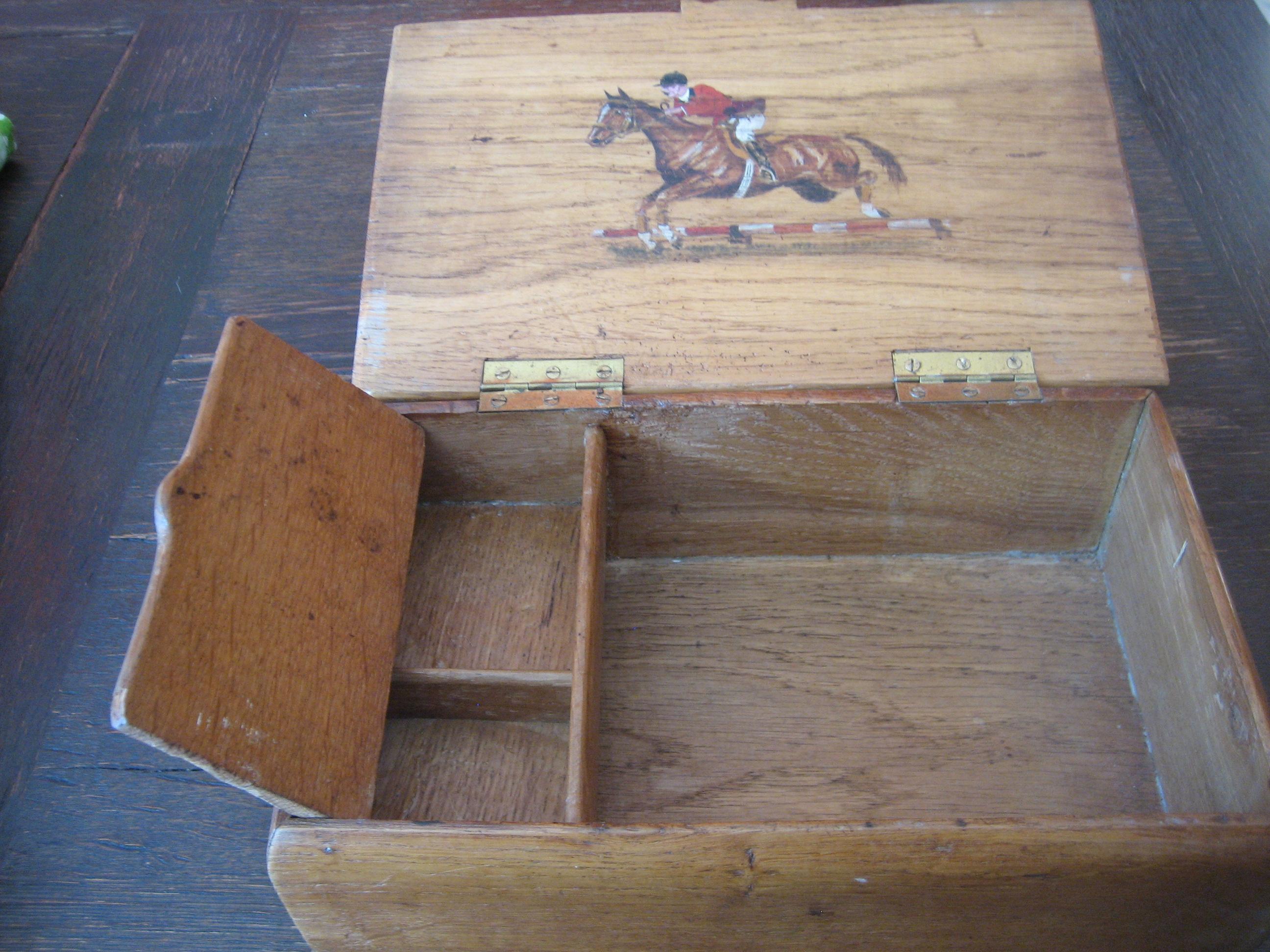 prächtige antike kiste schatulle holz eichenholz reiter pferd für