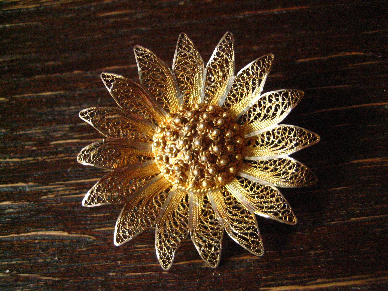 Unikate & Goldschmiedearbeiten Handarbeit Große Blüten Brosche Mit Steinen Aus 900 Silber