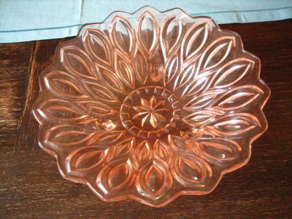 tolle Pressglas Schale Anbietschale Obstschale Sonnenblume zart rosa 50er Jahre - Vorschau 2
