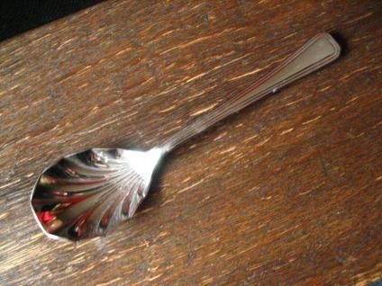 elegantes Vorlegebesteck Dessertbesteck 6 + 1 Desserlöffel silber chrom England - Vorschau 2