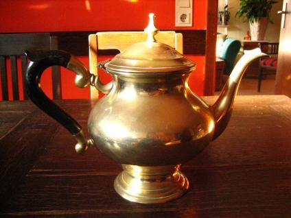 super tolle güldene Jugendstil Teekanne gold Teapot tolle bauchige Aladin Form - Vorschau 2