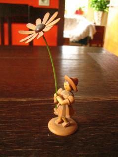 Blumenmädchen Blumenkind Margarite Erzgebirge natur Holz Platzkartenhalter