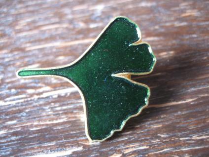 dekorative Gingko Brosche Pin Stickpin grün gold Werbung Reklame Rökan Edition