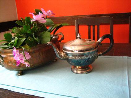 stilvolle vintage Teekanne Silberkanne wunderschön verziert silber pl tolle Form