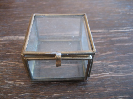 zauberhafte winzige Dose Döschen Schatulle 6 Seiten Glas verglast Glasdöschen