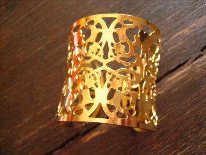 ultra geiler Statement Armreif Armspange mit floralen Cut Outs Edelstahl gold
