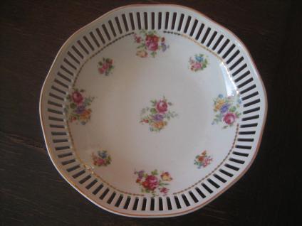 wunderschöne Anbietschale Durchbruchschale Schale Streublumen Blumen Porzellan - Vorschau 1