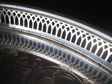 atemberaubendes Silbertablett Galerietablett Tablett silber pl England 35 cm - Vorschau 3