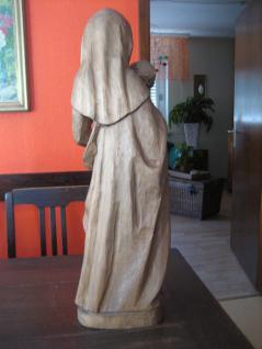 große ältere Madonna Maria mit Jesus Kind Holz geschnitzt 63 cm hoch sehr schwer - Vorschau 3