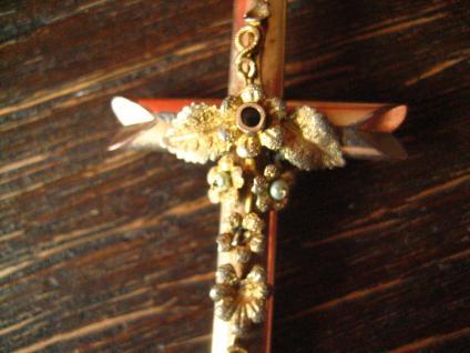 Wunderschöner Biedermeier Kreuz Anhänger fein floral belötet Romantik pur ! - Vorschau 3