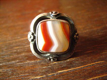 prächtiger Art Deco 835er Silber Streifenachat Ring Goldschmiede Handarbeit 1920 - Vorschau 1