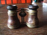 wunderschönes Jugendstil Opernglas kleines Fernglas fein geprägte Verzierungen