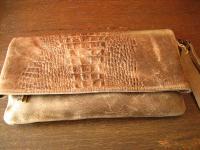 luxuriöse echt Leder Tasche Clutch Kroko Prägung beige Designer R. Leonardi