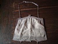 bezaubernde Jugendstil Abendtasche Kettentasche Silbertasche mit Futter aus Samt