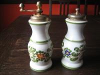 großer Salzstreuer Pfeffermühle italienische Majolika Keramik Acciaio Temperato