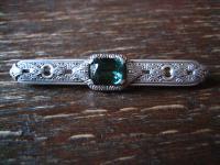 reich verzierte Art Deco Krawattennadel Brosche 925er Silber Stein turmalin grün