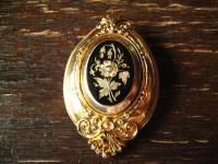 prächtige wunderschön verzierte Biedermeier Brosche gold Emaille Nostalgie pur !