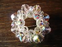 Glitzerspass pur ! Tolle Vintage Modeschmuck Brosche mit Aurora Borealis Perlen