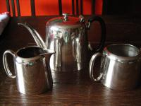 3teiliges Hotelsilber Teekanne Kaffee Zuckerdose Milchkanne silber pl Sheffield