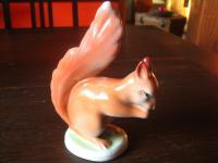 super niedliches Porzellan Eichhörnchen Hollohaza Tier Figur Porzellanfigur