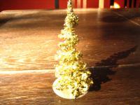 winziger Weihnachtsbaum Christbaum gold aus Lametta für die Puppenstube um 1950