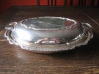 elegante Servierschale Schale Haube Deckel Griffe tolle Form silber pl Sheffield