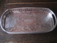 traumhaft schönes kleines Silbertablett Galerietablett Tablett silber pl England