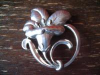 herrliche große Enzian Brosche Blüte Blume Tracht Dirndl getrieben 835er Silber
