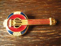 originelle Traum Vintage Brosche Musik Banjo gold Emaille 80er Jahre Modeschmuck