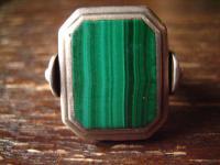 prächtiger Art Deco Designer Ring Malachit strahlend grün 835er Silber RG 58