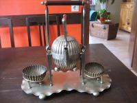 prächtiges 4tlg Bachelor Teeservice Tea Set Ständer Queen Anne silber pl um 1880