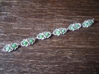 hübsches zartes vintage Silber Armband mit grünen Kugeln ausgefallen 18 cm lang