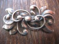 nostalgische Jugendstil Brosche floral Stechpalme Mistel 800er Silber getrieben