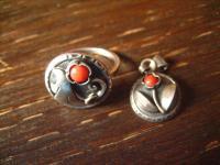 bezaubernd floraler Art Deco Ring 900er Silber rote Koralle RG 53 + Anhänger