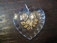 bezaubernder Vintage Trachten Dirndl Anhänger Herz Rosen hinter Glas 50er Jahre
