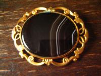 Biedermeier gold Brosche Streifenachat Schottland Kiltbrosche Pebble Jewellery