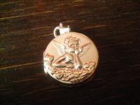 Romantik Pur ! Großer Medallion Anhänger mit liegendem Putto Engel 925er Silber