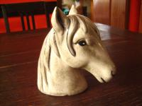reizende vintage Spardose Sparbüchse Sparkasse Pferd Pferdekopf Pony Keramik