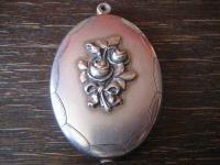 romantisches großes Jugendstil Medallion Rosen Rose silber Art Nouveau Locket