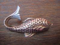 elegante ungewöhnliche Art Deco Fisch Brosche Goldfisch Koi Karpfen 835er Silber super schön