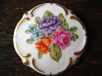 bezaubernde Miniaturmalerei Porzellanmalerei Brosche Rosen handgemalt signiert