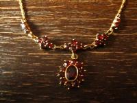feines antikes Granat Collier böhmische Granaten 333er Gold schön gedrehte Kette