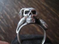 mächtiger Biker Ring Totenkopf Schlange der Biss Gift Skull 925er Silber RG 60