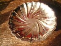 dekorative Schale Anbietschale Silberschale auf Füßen tolle Form silber pl 25 cm