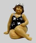 Frau im Badeanzug Mollige Dicke Dame Lady Rubens Deko Retro Figur Artikel Bikini