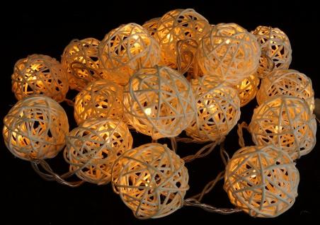 Rattan Ball LED Lichterkette Natur Handarbeit 2, 5 Meter 20 Rattanbälle