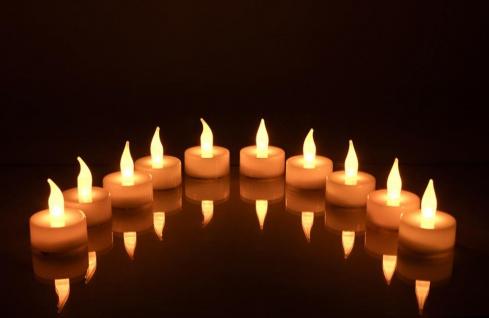 10er Set weiße LED Teelichter - Flackerlicht Kerzenlicht warmes gelb