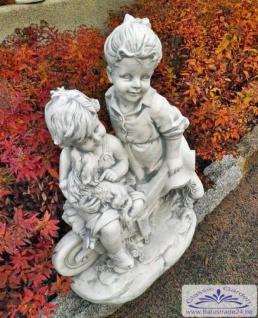 BD-1519 Gartenfigur Figurengruppe Kinder mit Hund auf Schubkarre Geschwisterpaar Junge Mädchen 79cm 90kg - Vorschau 4