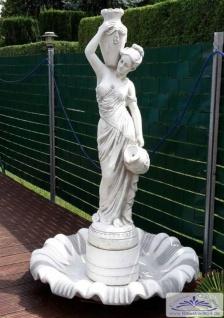SR589 Gartenfigur Frau Wasserträgerin mit Brunnen Muschelschale 165cm 160kg