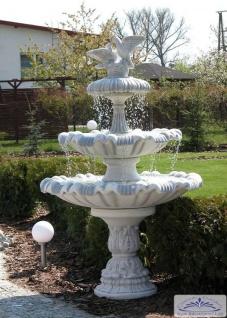 SR983 Taubenbrunnen Gartenbrunnen im floralem Design Springbrunnen mit Taubenpaar und Akanthusblatt Motiven